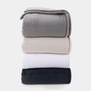comforters & blankets