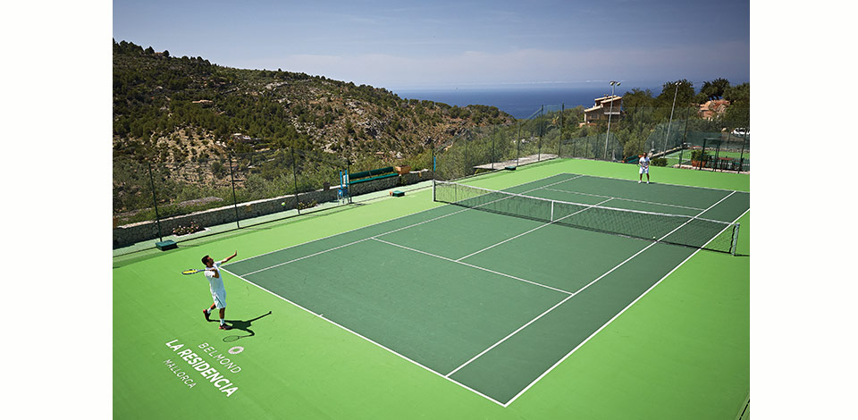 Ace your game at La Residencia